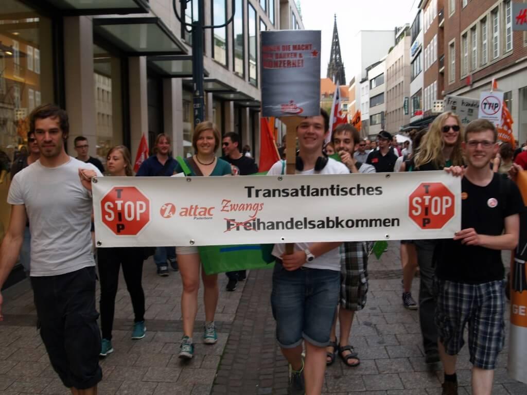 Attac ist maßgeblich gegen das TTIP aktiv!