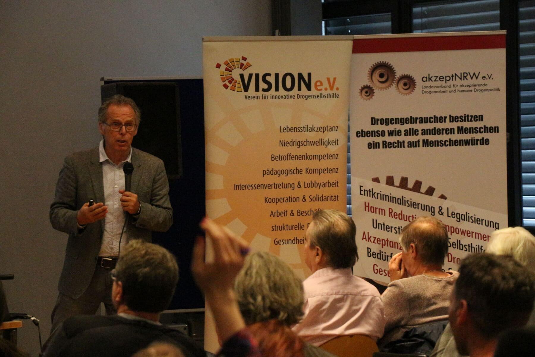 Drogenfachtagung mit Prof. Dr. Heino Stöver