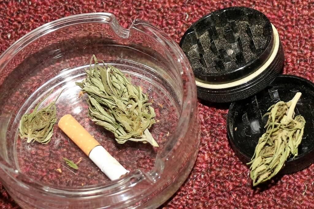 Tabak ist das Gift und macht süchtig