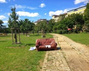 Sofa im Park