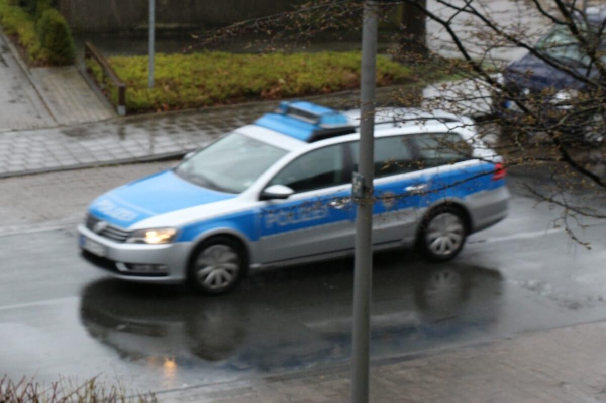 Die Polizei löst bei immer mehr Menschen allein beim Anblick schon Brechreiz aus