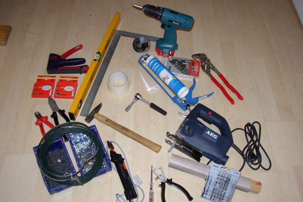 Werkzeuge für die Growbox Eigenkonstruktion