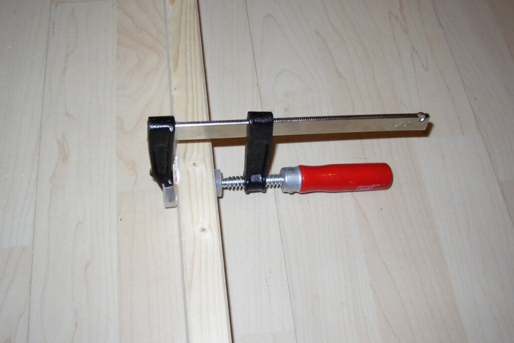 Growkammer Feinarbeiten sind Millimeterarbeit