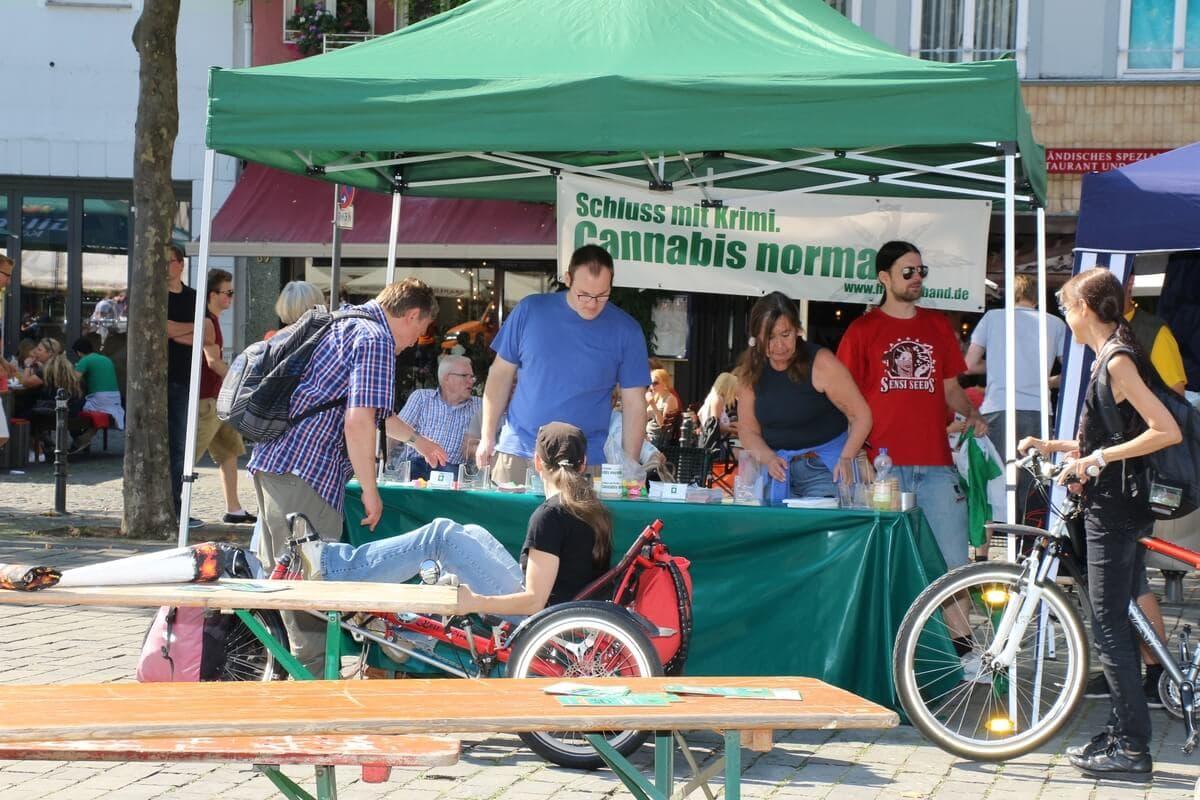 Deutscher Hanfverband vor Ort mit dabei