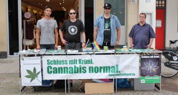 Hanffreunde Münster DHV Ortsgruppe mit Infostand in Münster Innenstadt