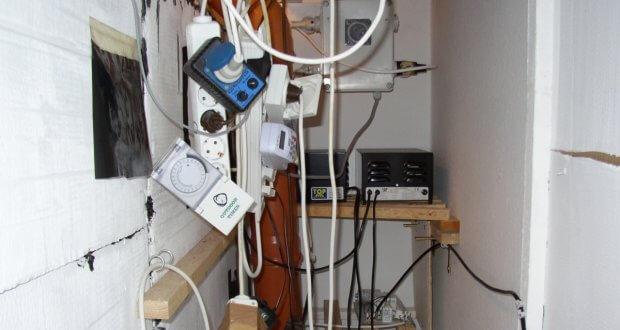 Der normale Elektrowahnsinn einer Indoor Growkammer