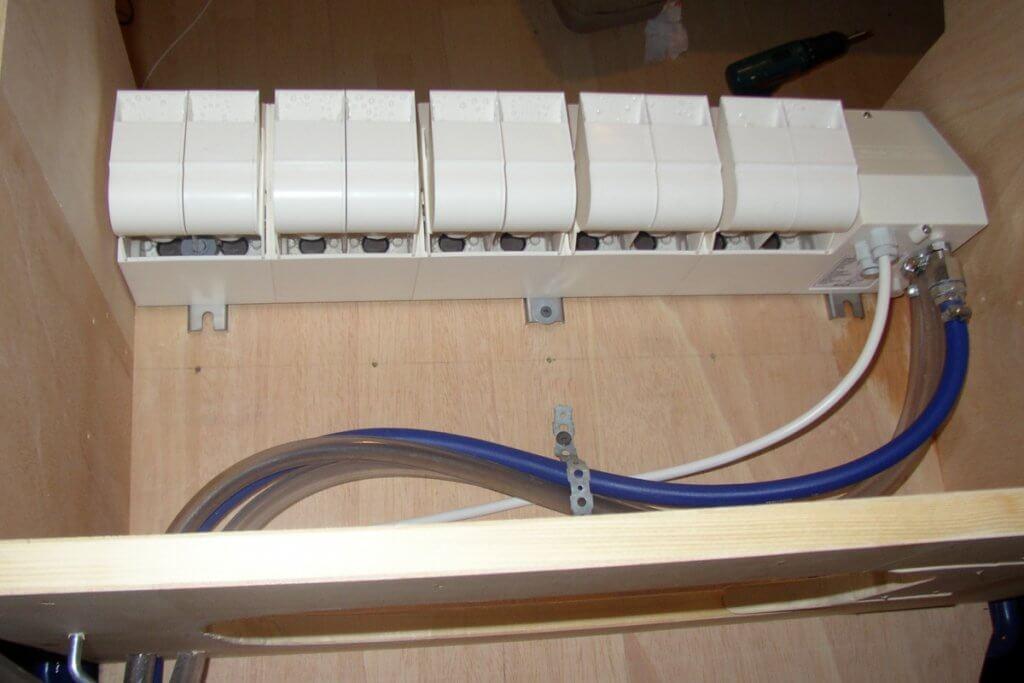 KB 10 Montage in der Eigenbaukiste