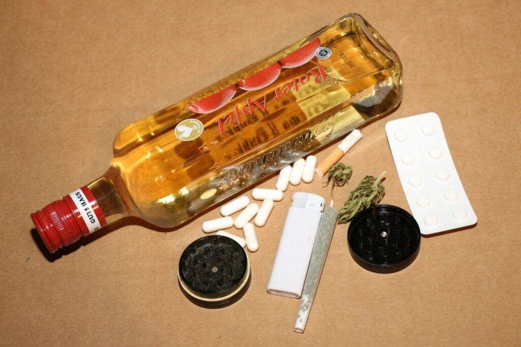 Wimmelbildspiele - finde die guten und die schlechten Drogen