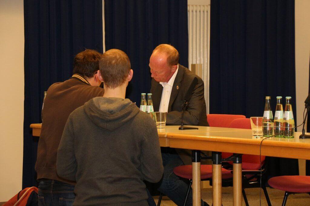 Jugendrichter Andreas Müller gegen Repression oder Schatten-Repression wegen Cannabiskonsum