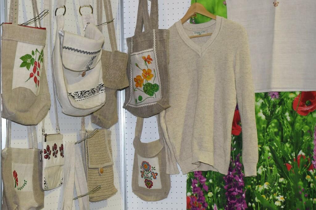Textilgewebe aus oder mit Hanf - noch etwas grob